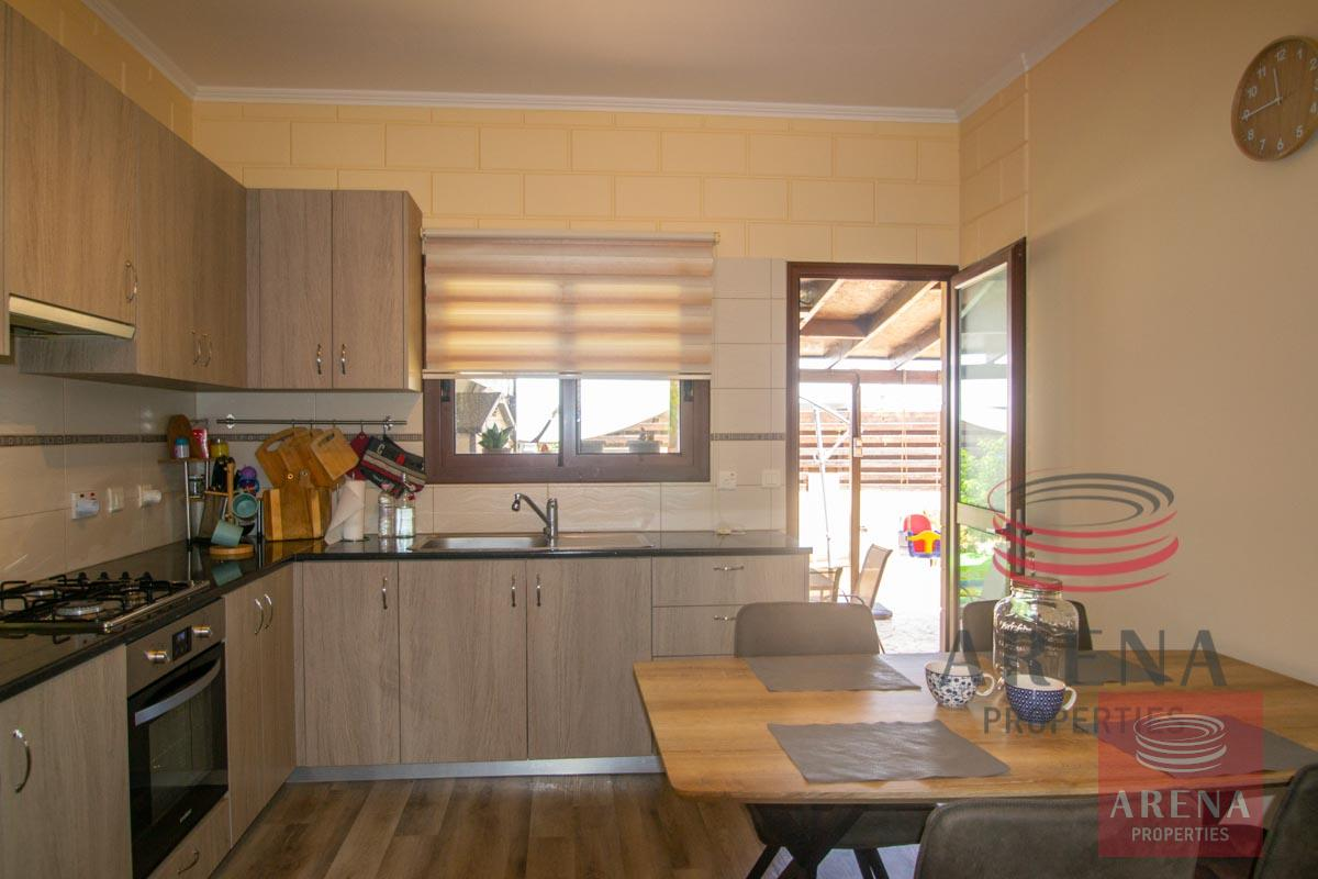 2 bed house in Liopetri to buy - kitchen