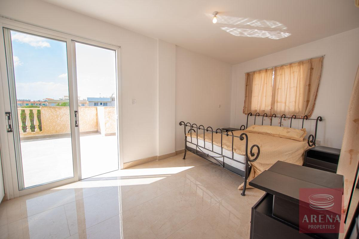 3 Bed Apt in Kapparis - bedroom