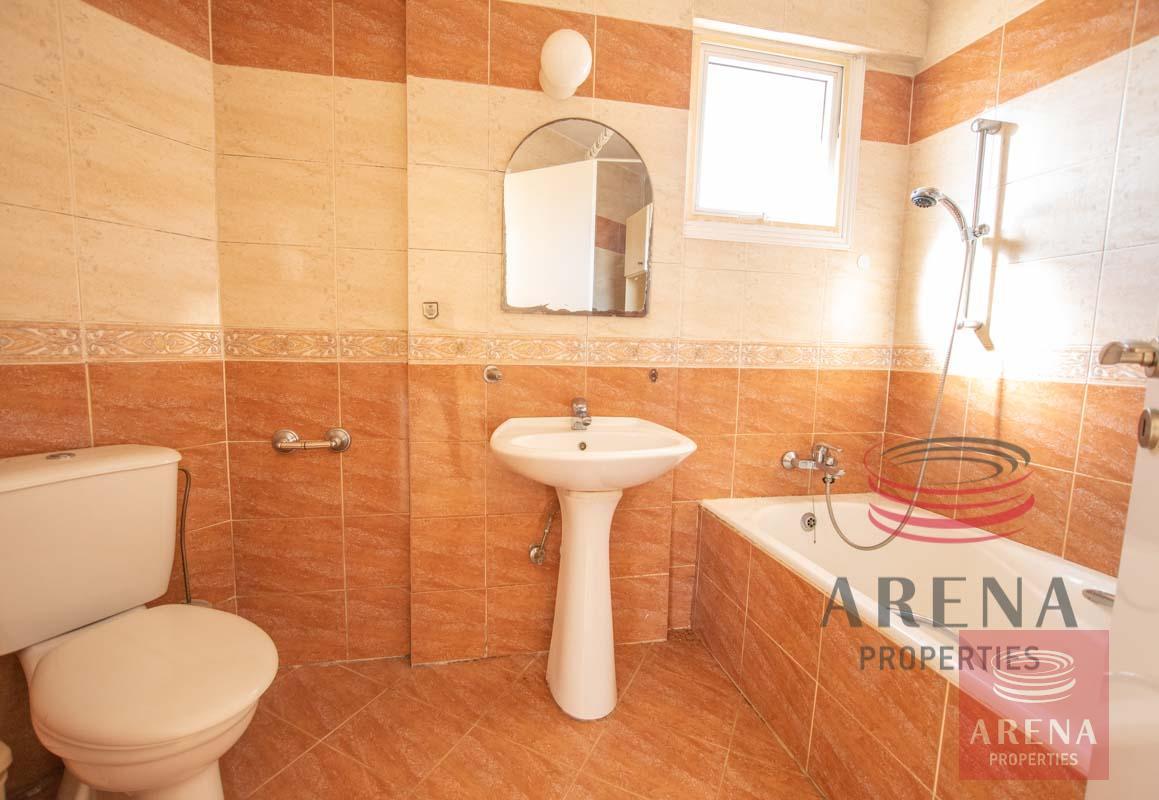 3 Bed apt for sale in Paralimni - bathroom