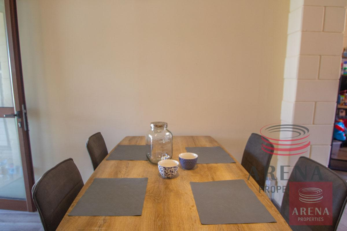 2 bed house in Liopetri - dining area