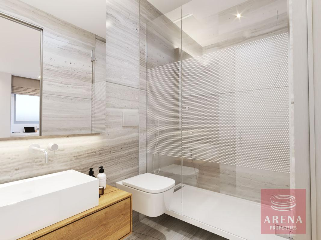 2 Bed Penthouse in Larnaca - bathroom