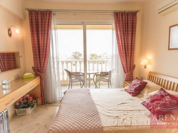 17-luxury-apartmetn-for-sale-in-paralimni-bedroom