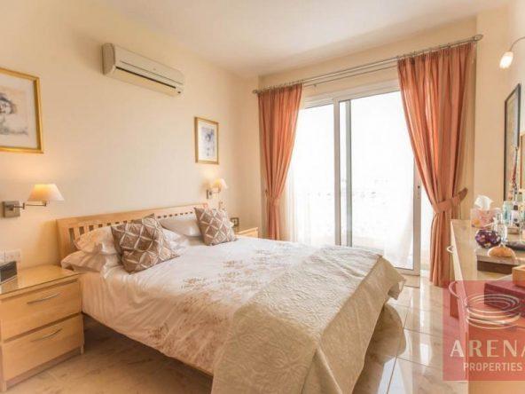 18-luxury-apartmetn-for-sale-in-paralimni-bedroom