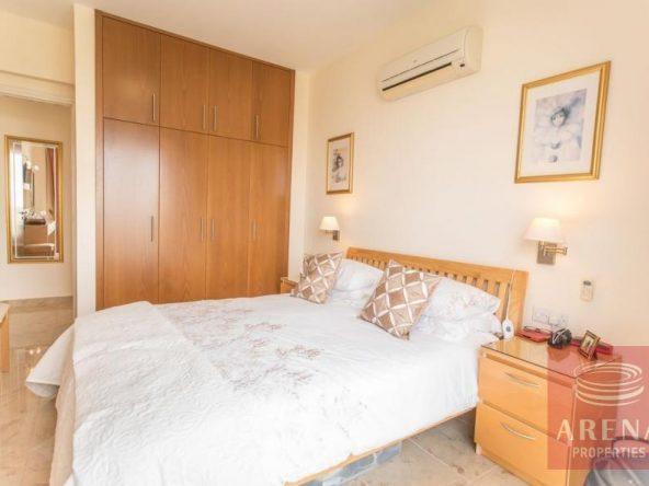 19-luxury-apartmetn-for-sale-in-paralimni-bedroom