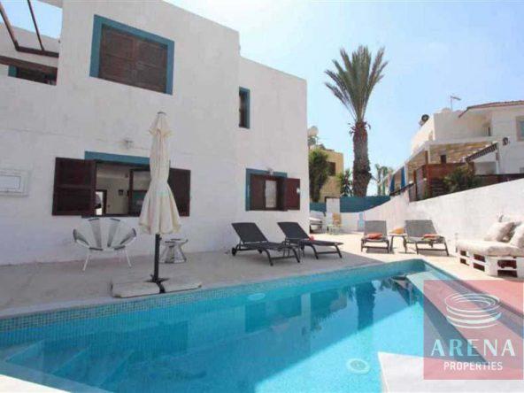 2-4-bed-villa-for-rent-in-ayia-triada-5722