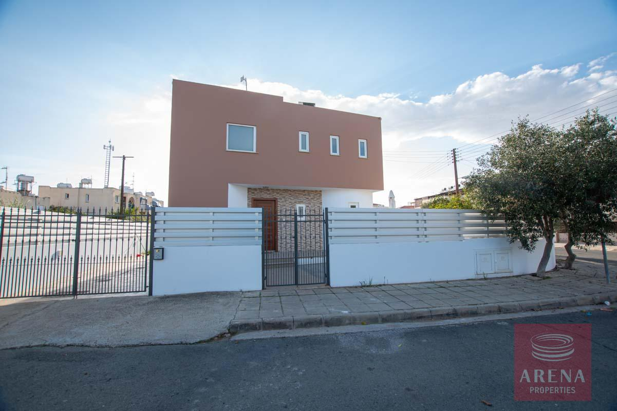 House for rent in Paralimni