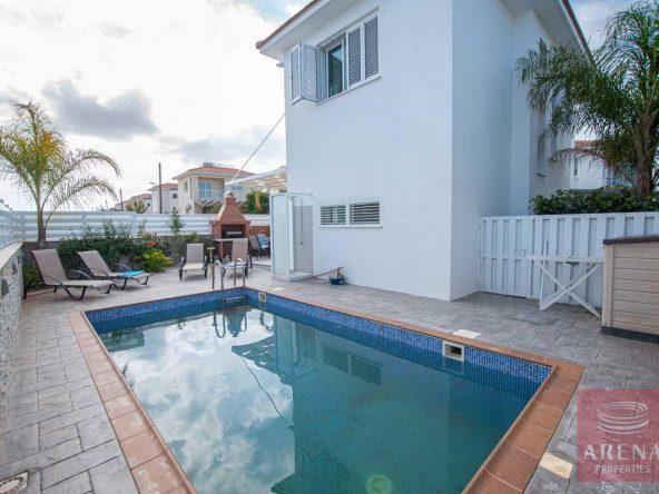2-Villa-for-sale-Ayia-Triada-5614