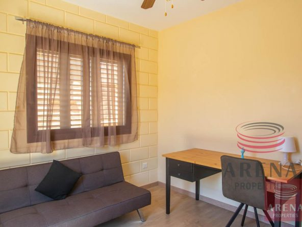 21-2-bed-house-in-liopetri-5733