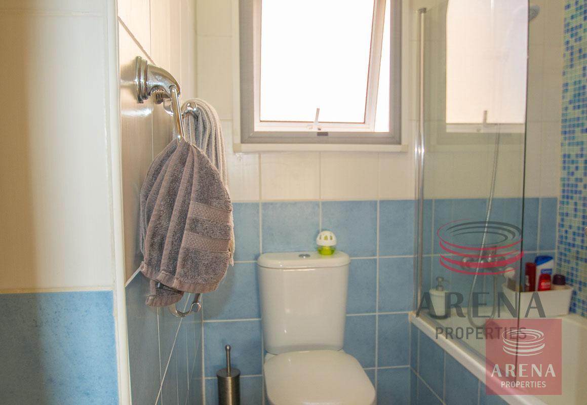 2 Bed Villa in Pernera - bathroom