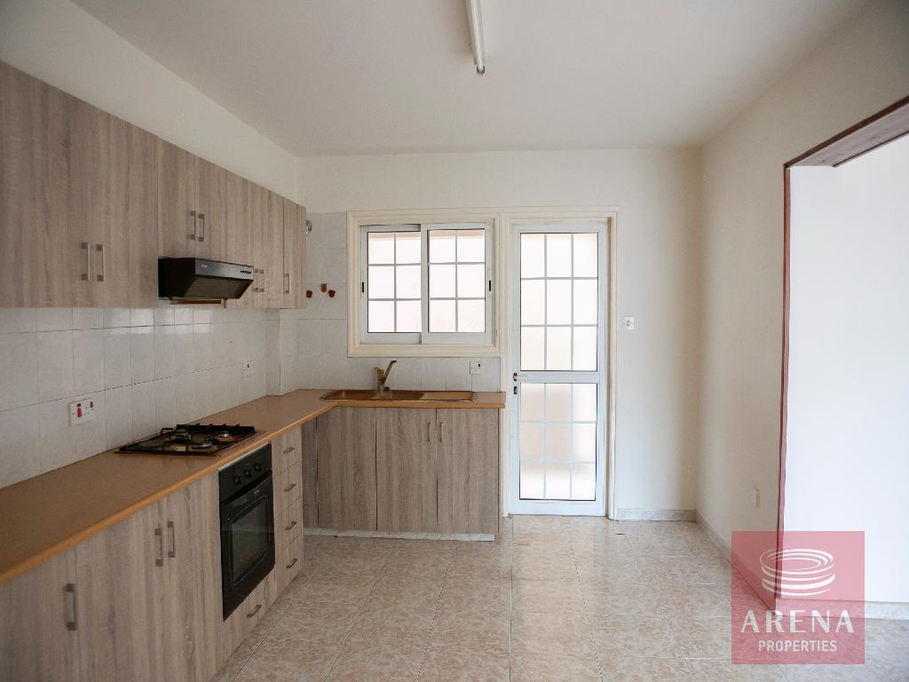 3 bed apt in kokkines - kitchen