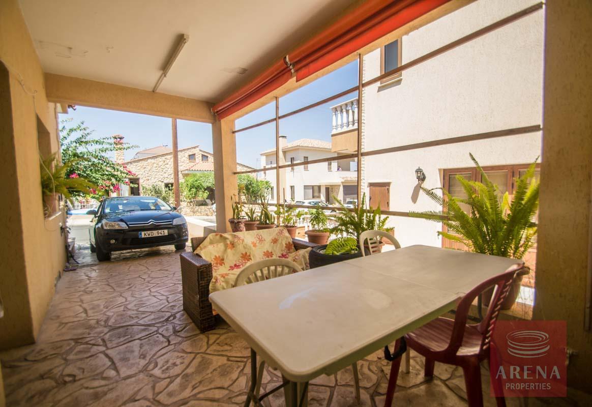 Bungalow for sale in Paralimni - veranda