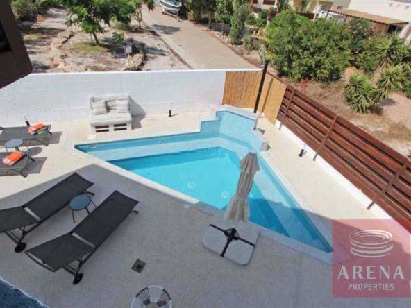 4-4-bed-villa-for-rent-in-ayia-triada-5722