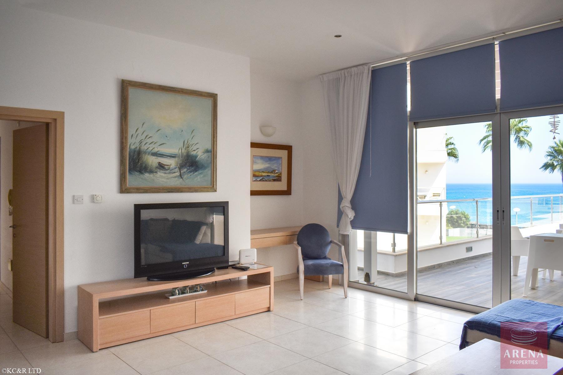 Seafront Apartment in Protaras - sitting area