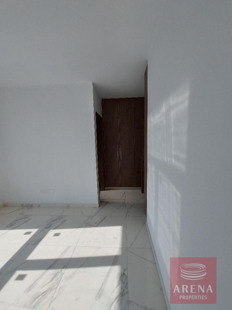 new-apt-in-Larnaca - bedroom