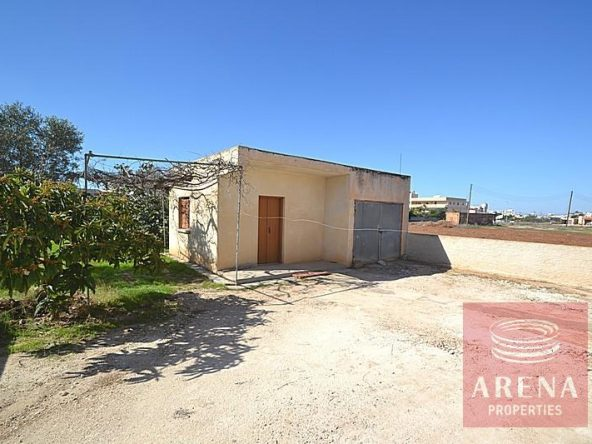 4-bungalow-for-sale-in-derynia-2807