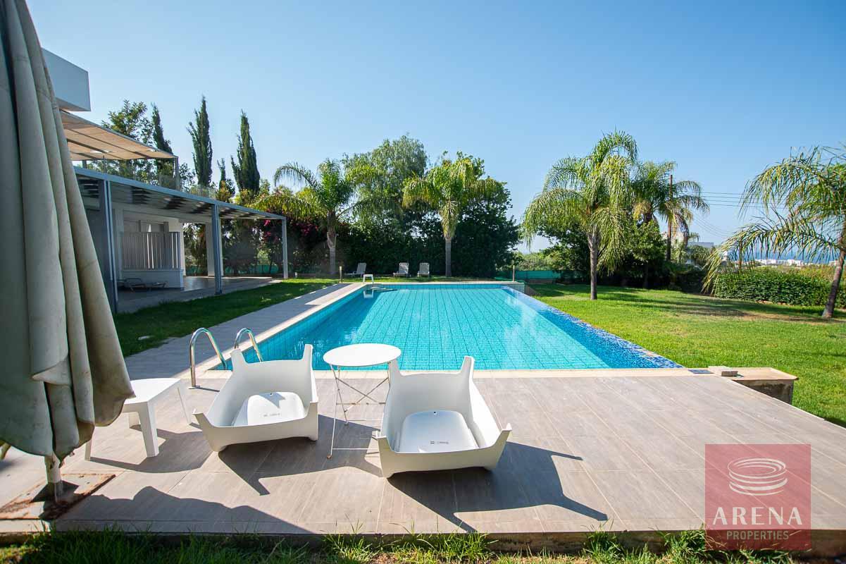 8 Bed Villa in Protaras for sale - swimming pool