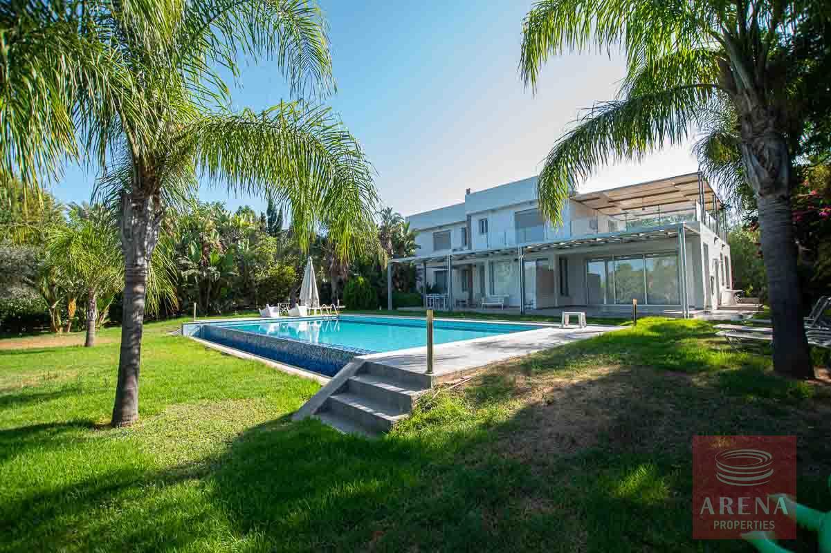 8 Bed Villa in Protaras with sea views