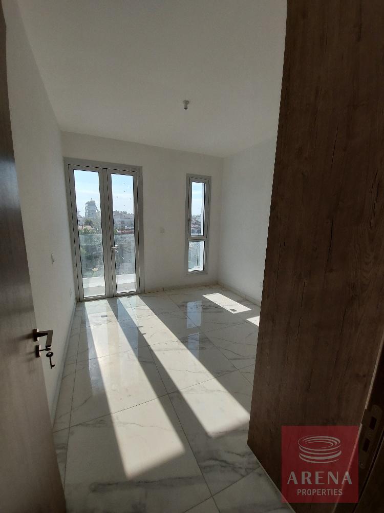 new-apt-in-Larnaca to buy - bedroom