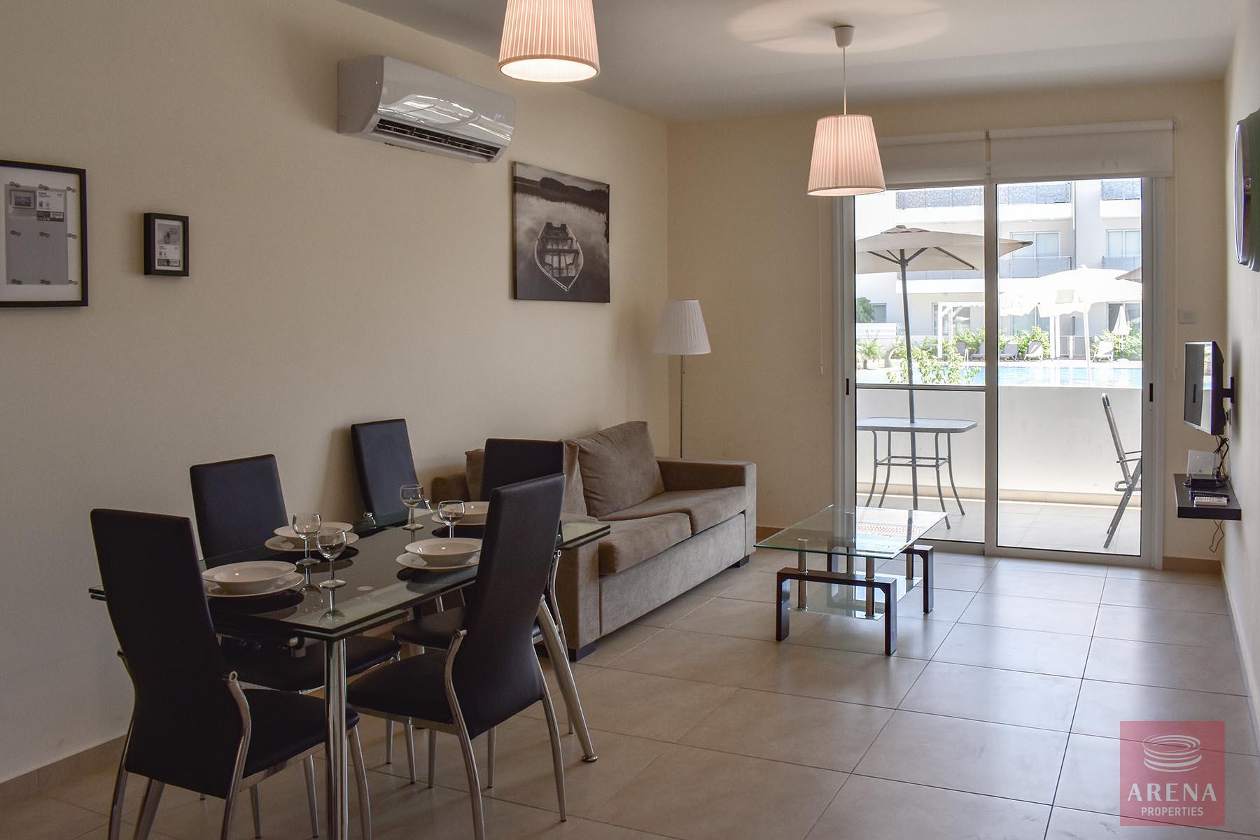Ground Floor Apartment in Kapparis for sale - living area