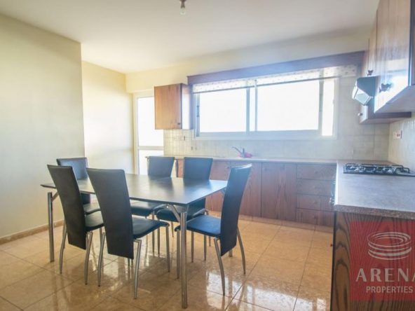 7-2-bed-apt-for-rent-Derynia-5557