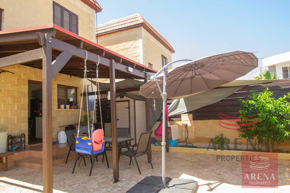 2 bed house in Liopetri for sale - back yard