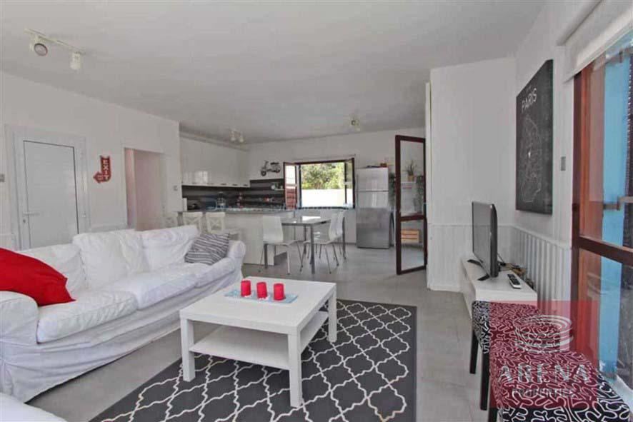 4 bed villa for rent in Ayia Triada - living area