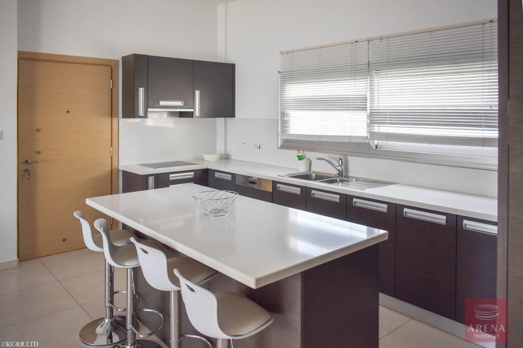 Seafront Apartment in Protaras - kitchen