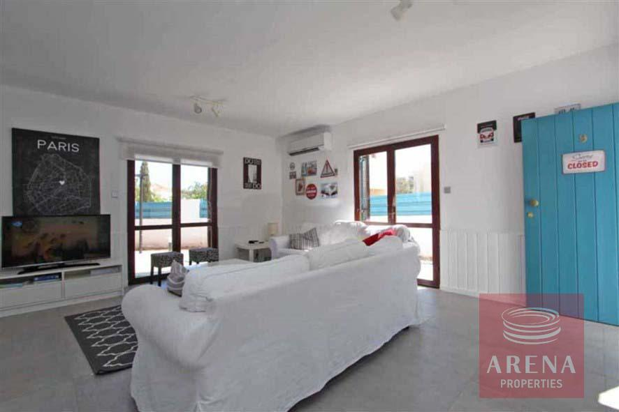 4 bed villa for rent in Ayia Triada - sitting area