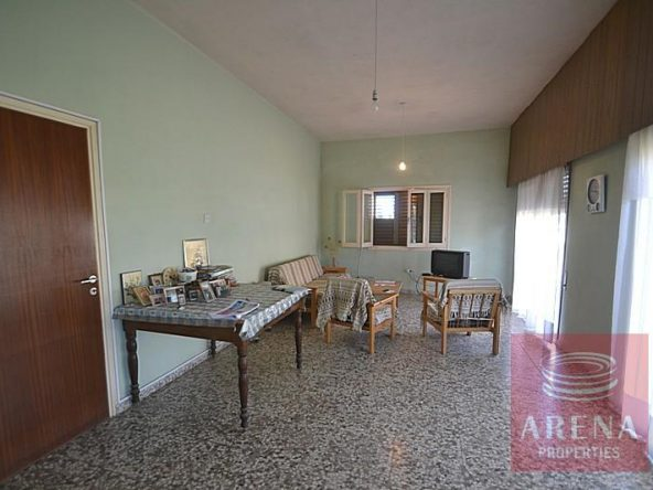 8bungalow-for-sale-in-derynia-2807
