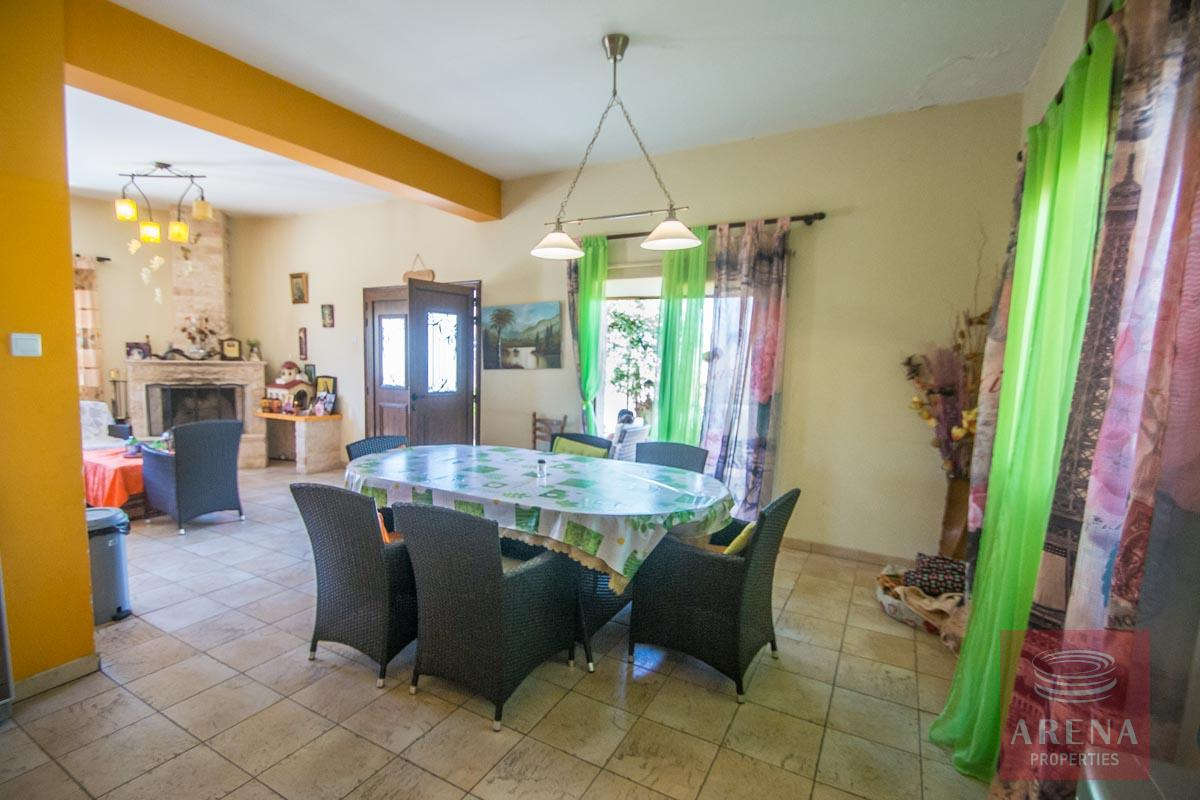 Bungalow in Paralimni - dining area