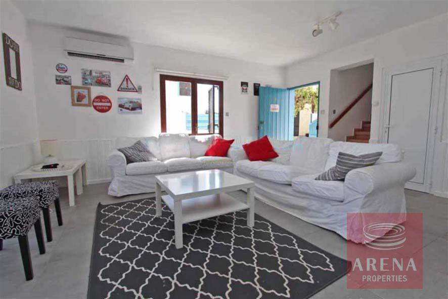villa for rent - sitting area