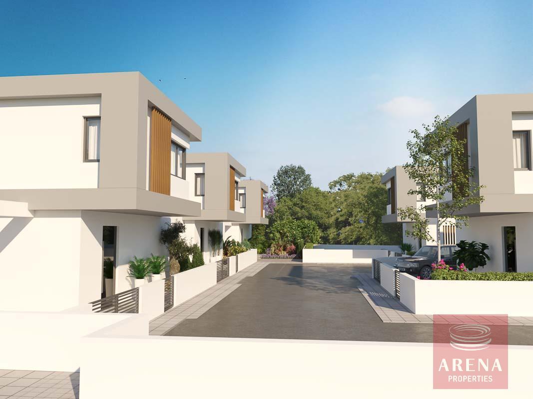 Buy houses in Ayia Triada