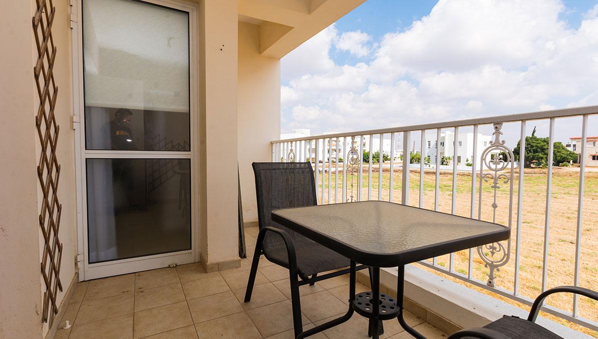 Flat in Paralimni to buy - balcony