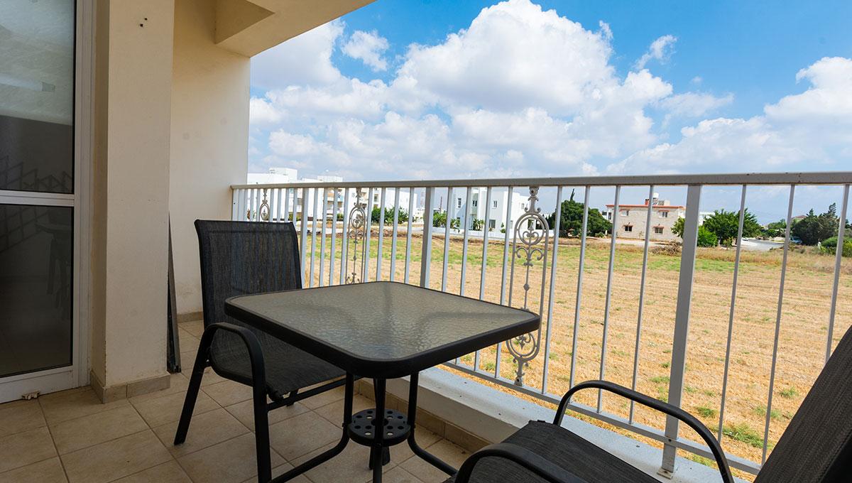 Flat in Paralimni - balcony