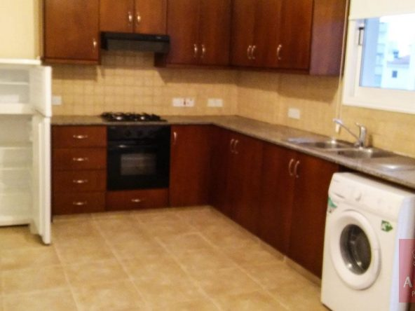 1-2-bed-apt-for-rent-in-larnaca-5746
