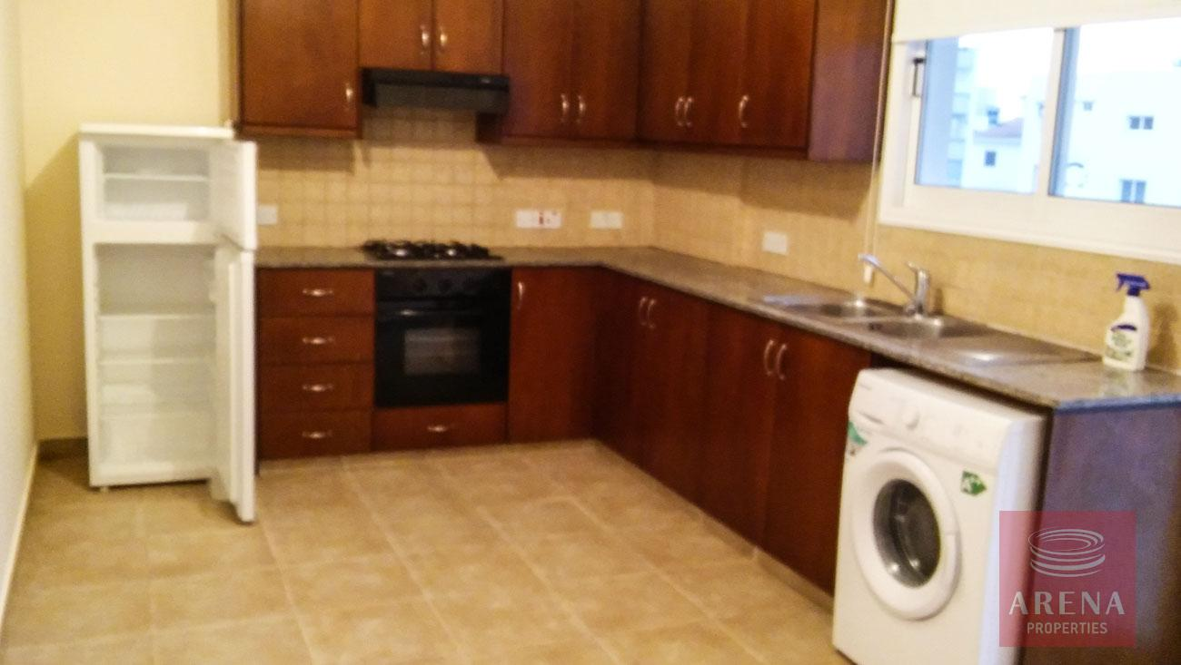 2 bed apt for rent in Larnaca