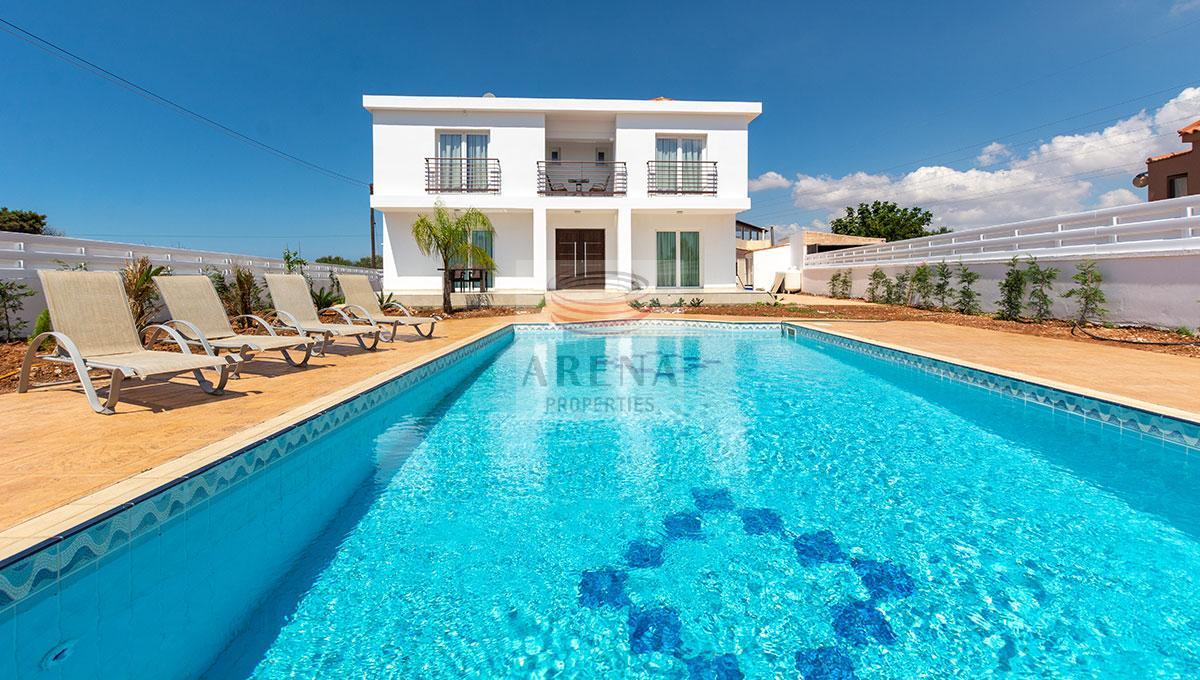 4 Bed Villa in Kokkines