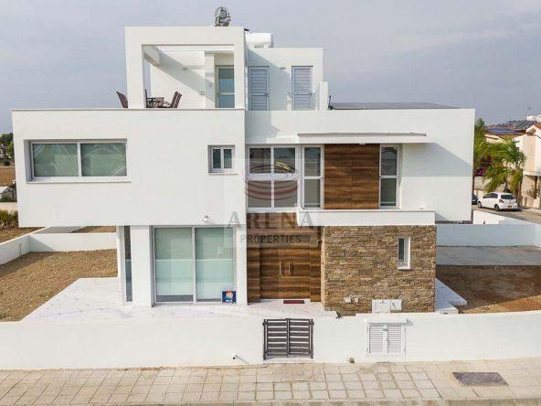 1-Villa-for-sale-4784