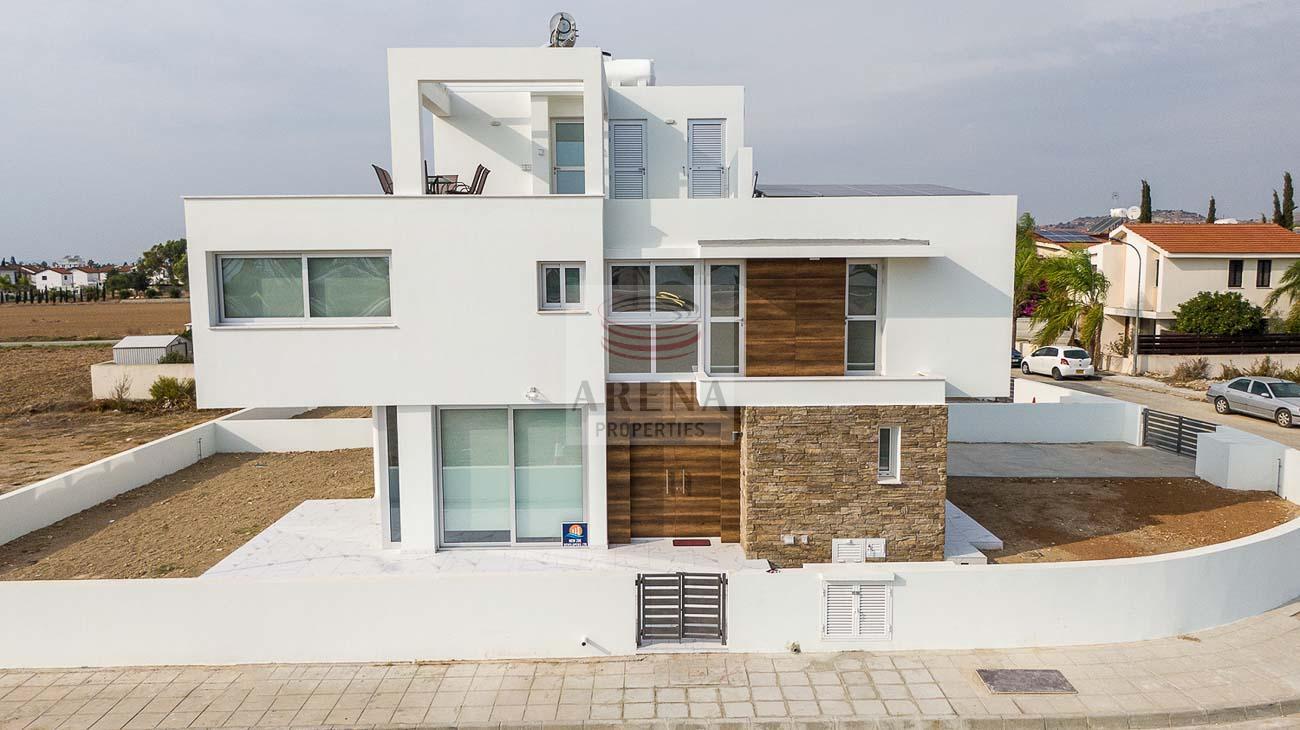 3 Bed New villa in Pyla