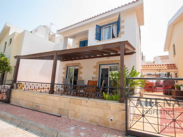1-link-detached-house-in-kapparis-5748