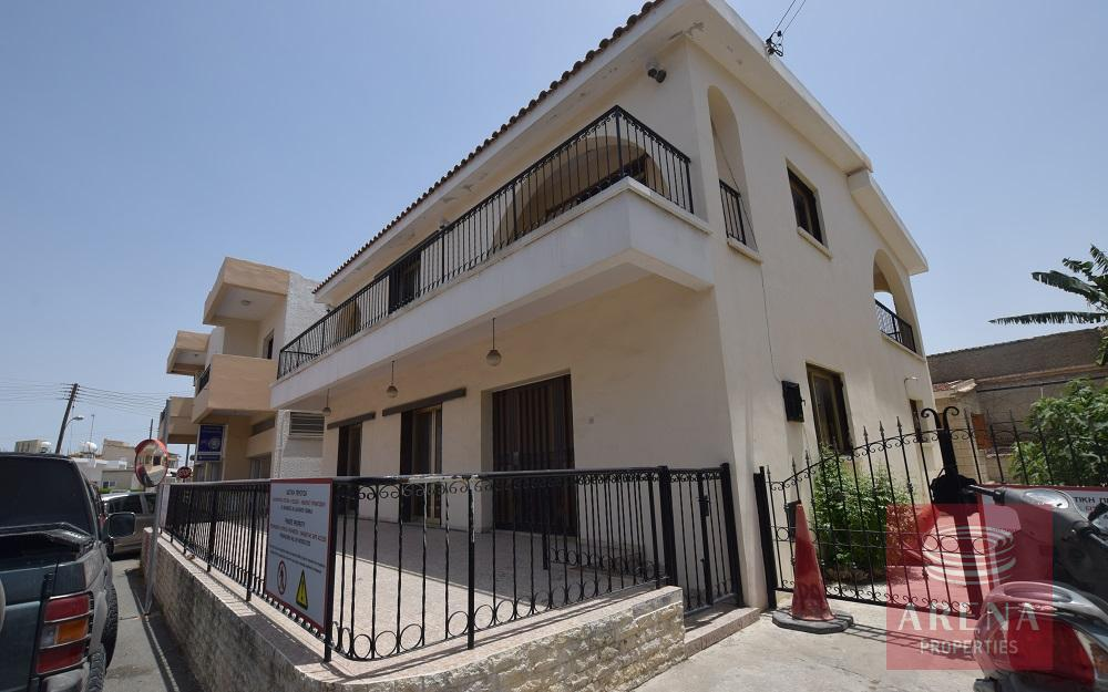 3 bed house in aradippou
