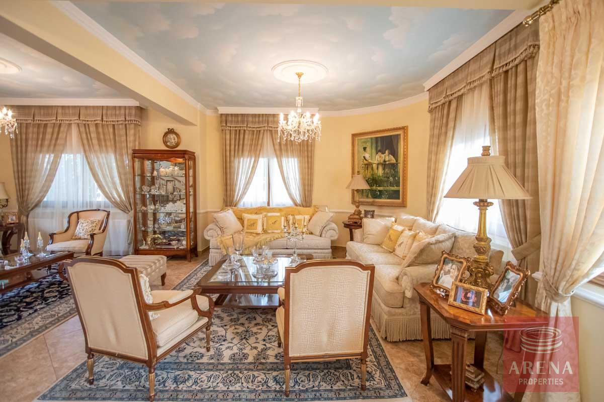 Luxury Villa in Paralimni - living area
