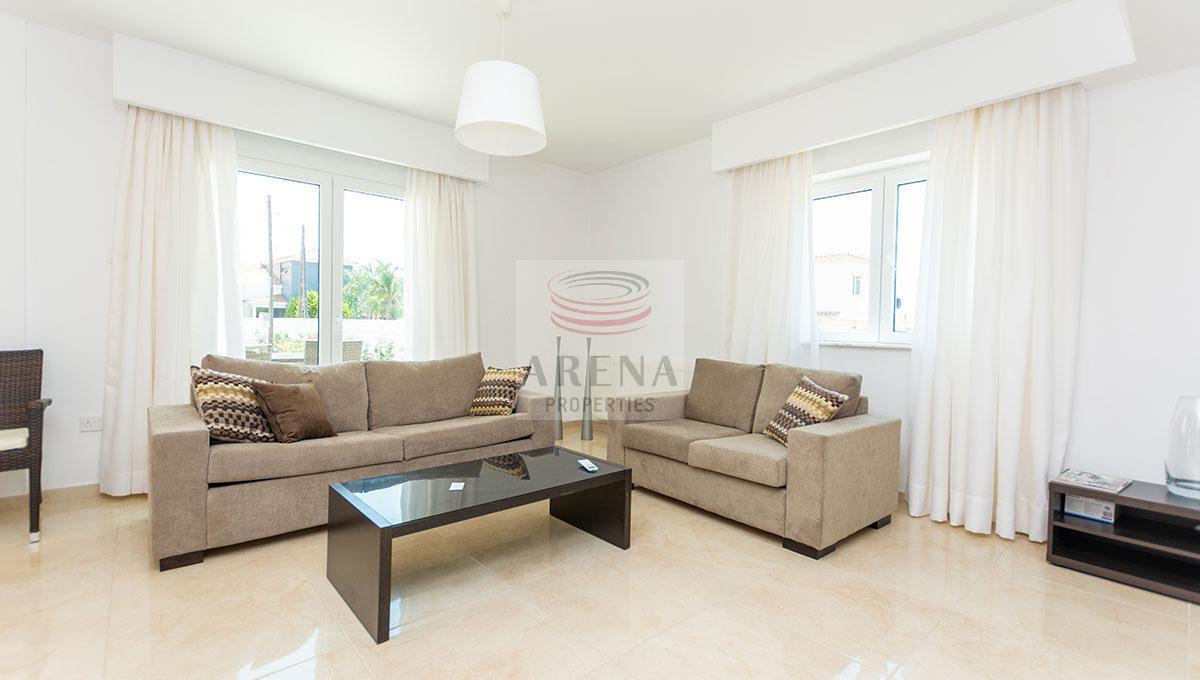 4 Bed Villa in Kokkines - sitting area