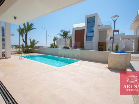 11-Modern-villa-in-Protaras-5751