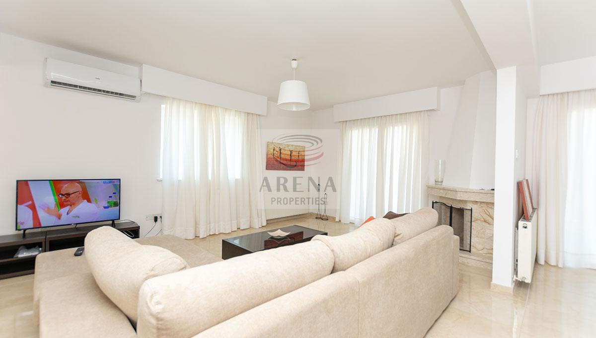 4 Bed Villa in Kokkines - living area