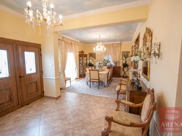 12-Villa-in-Paralimni-for-sale-5073