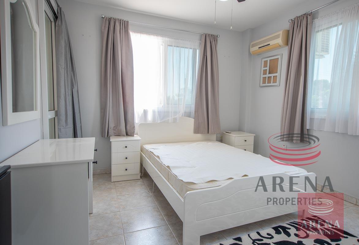 aot to buy in derynia - bedroom