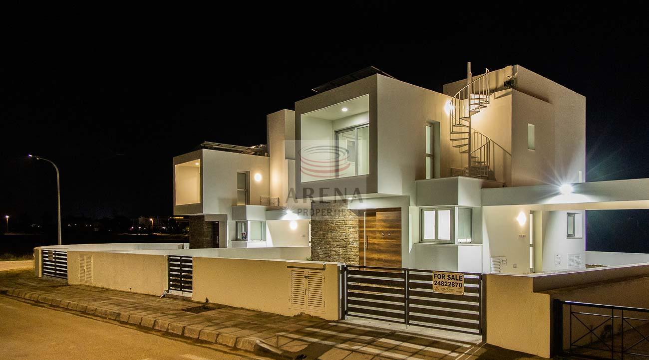 Villa to buy in Larnaca