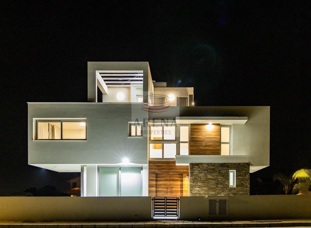 New villa in Pyla