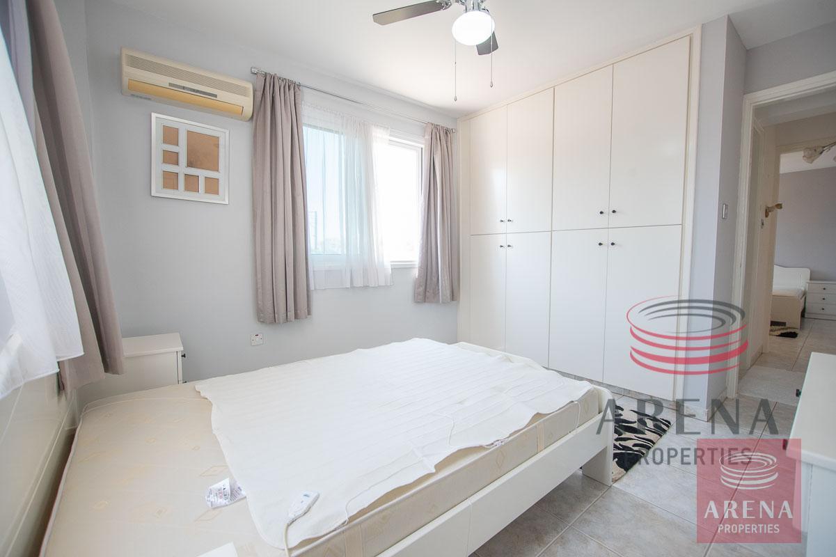 aprs in derynia - bedroom